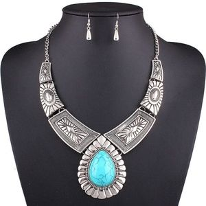 Women Maxi Collar Statment Necklace w Earrings